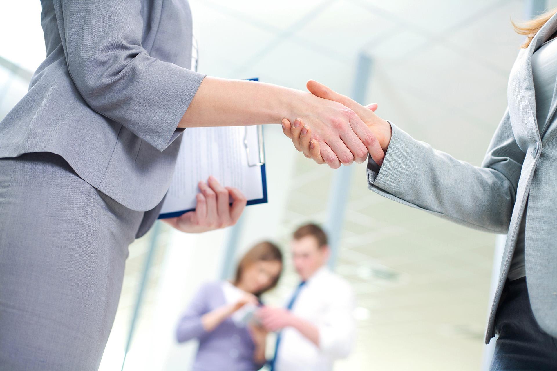 Employee doing an agreement